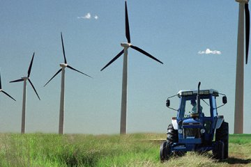 Wind Energy Offers Cleaner Air and Saves Water Resources, Too