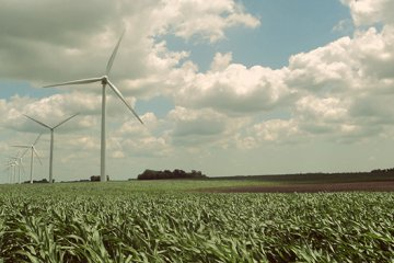 Farming Renewable Energy – Five Reasons Farmers Love Wind & Solar